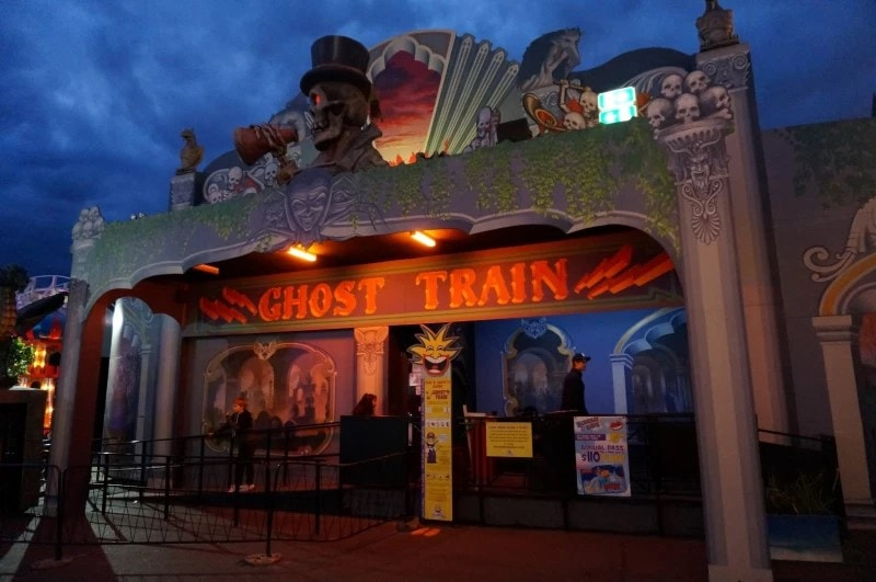 The Dark Ride Database will expand once more next month by adding the remaining three continents of Africa, Asia and Oceania to the database.